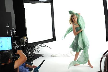 Covergirl Swift