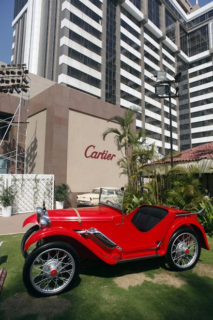 Cartier, Travel, Global Giants