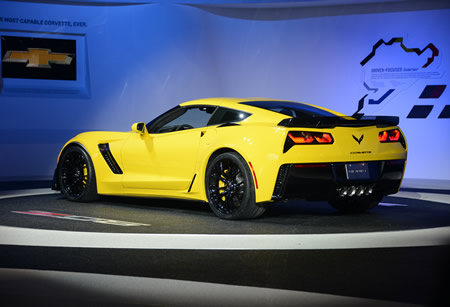 Auto Show, Global Giants