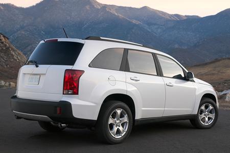Photo: Suzuki XL7 -- White.